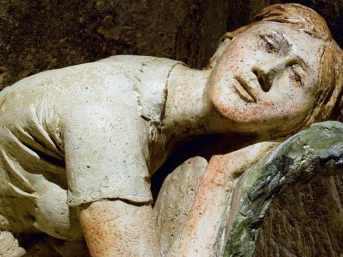 La scultura di Pietro Guida tra amorevoli colloqui ed eterni silenzi