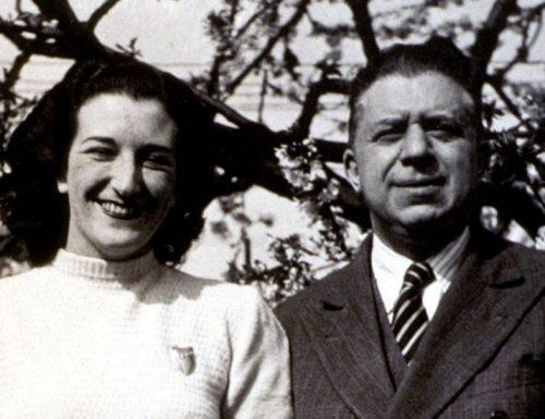 """""""Ho sceso dandoti il braccio"""": la bellissima poesia che Montale ha dedicato alla moglie"""