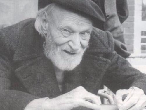 """La meravigliosa poesia di Giuseppe Ungaretti alla madre: """"avrai negli occhi un rapido sospiro"""""""