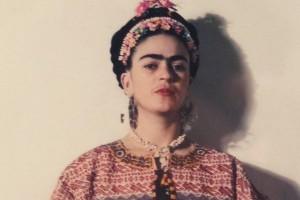 """Frida Kahlo: """"Tutto è insipido e piatto"""". L'amara poesia sulla vita della pittrice messicana"""