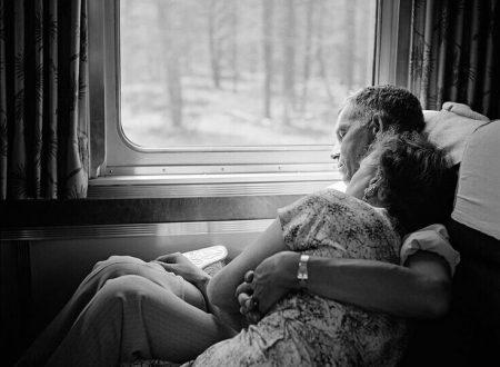 """Pablo Neruda: """"Ho dormito con te tutta la notte"""". Con una fotografia di Vivian Maier"""