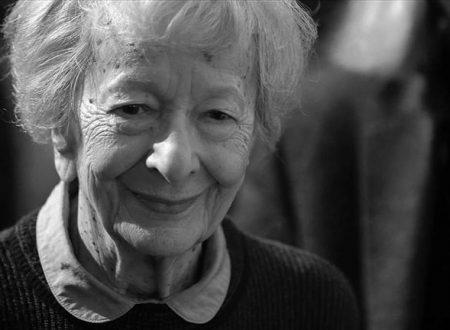 """Amore a prima vista"": la bellissima poesia di Wisława Szymborska"