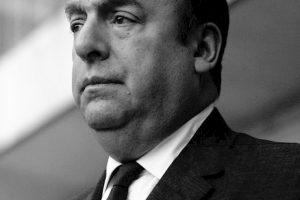 """""""Se solamente mi toccassi il cuore"""": una poesia di Pablo Neruda"""