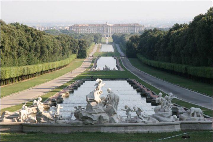 palazzo-reale-caserta-fontana