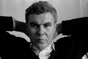 """""""Colibrì"""": la meravigliosa poesia di Raymond Carver"""