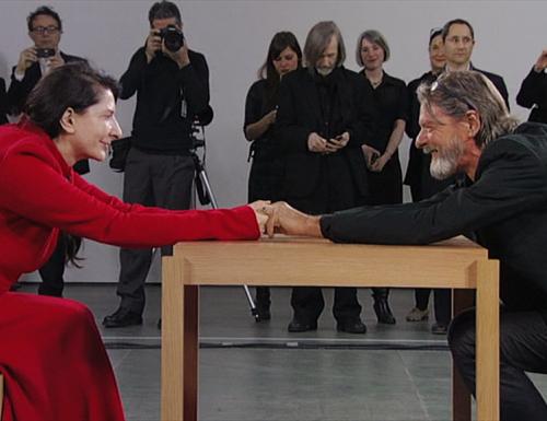Marina Abramović e Ulay: emozionante incontro dopo 30 anni. Qui il video