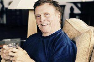 Morto lo scrittore Spencer Johnson, autore di una storia che tutti dovremmo leggere
