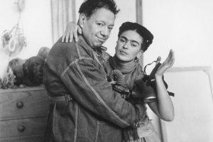 Pubblicato un raro video di Frida Kahlo e Diego Rivera nella loro casa in Messico