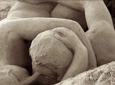 """Pompei: l'ultimo, eterno abbraccio d'amore dei due """"amanti"""""""