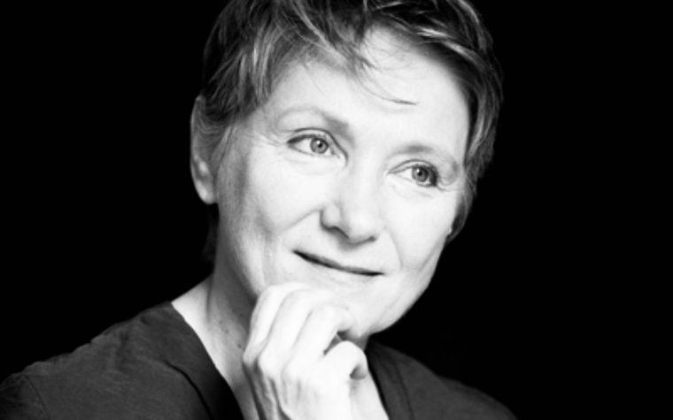 """""""Bello mondo"""": la meravigliosa poesia di Mariangela Gualtieri"""