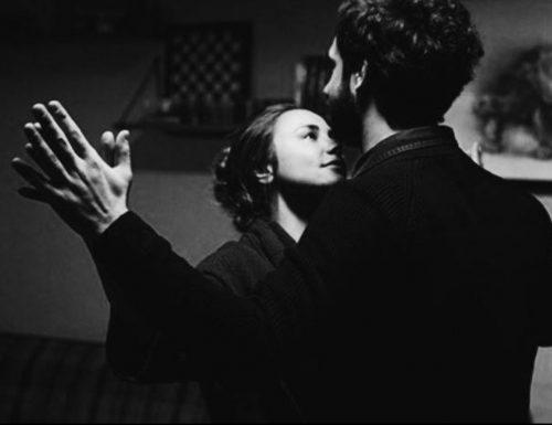 """""""La tua mano"""": dolcissima poesia di JulioCortázar"""