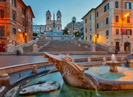 Chiesa e Convento della Trinità dei Monti: quinta scenografica di piazza di Spagna a Roma