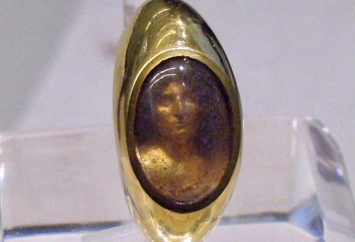 L'Anello di Carvilio: un gioiello di epoca romana
