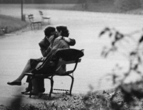 """""""Col doppio dell'amore"""": una poesia di Charles Bukowski"""